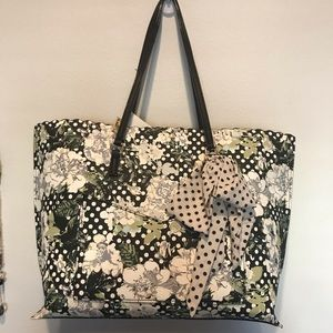 Betsy Johnson large tote style bag